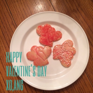Finished heart shaped cookies for Valentine's Day - photo by Angela MALICKI events