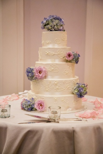 Cake made by Ciao Bella Cakes - Photo by Joe Foley Photography