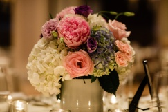 Florist A Mordern Touch created the beautiful center pieces - Photo by Joe Foley Photography