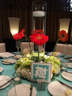 Floral design centerpiece executed by Media Florist. Photo by Angela MALICKI events